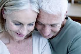 Les personnes âgées en bonne santé ont-elles besoin d'un test de dépistage d'Alzheimer?